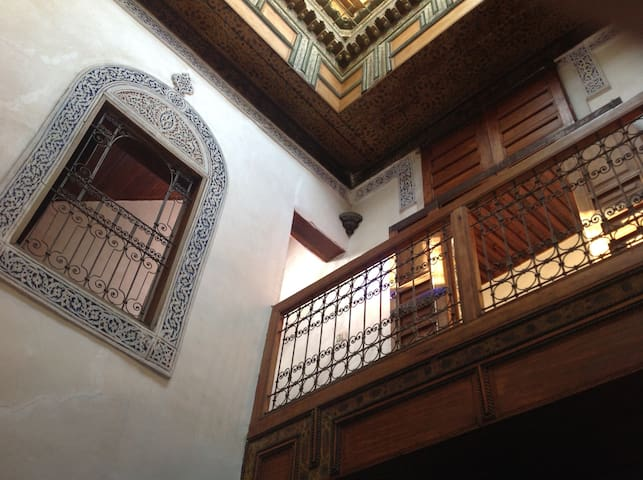 Dar Bennis: a WHOLE traditional house for you - Fès - Casa