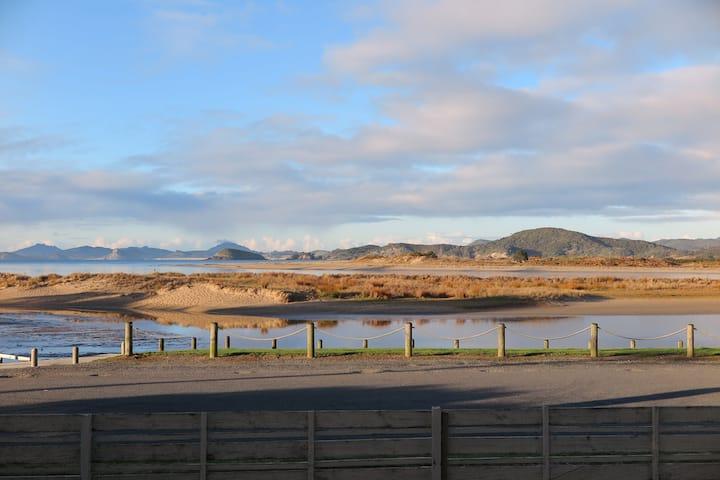 *New* waterfront accommodation