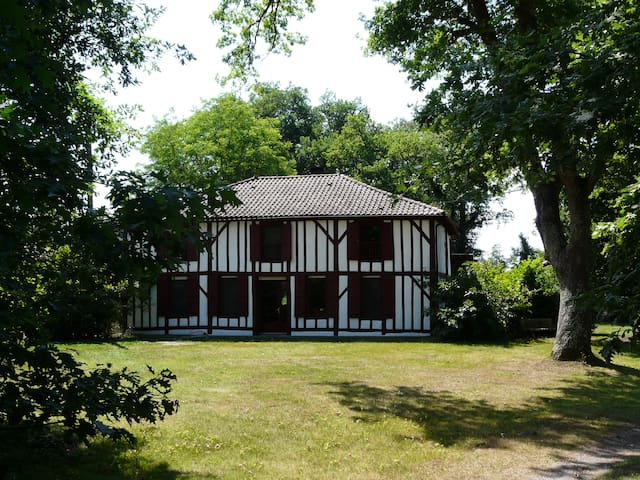 Maison d'hôtes Airial de Nahouns - Sabres - Casa de huéspedes