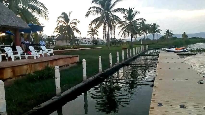 Acapulco Diamante, Dep solo /piscina/muelle laguna