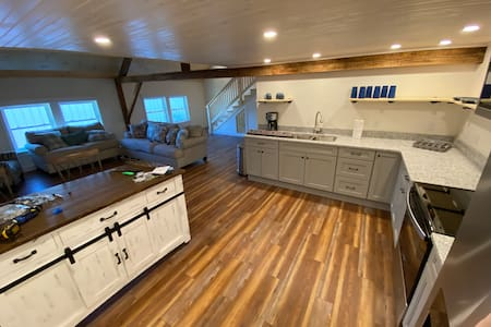 NEW! Historic post and beam in-town Greenville