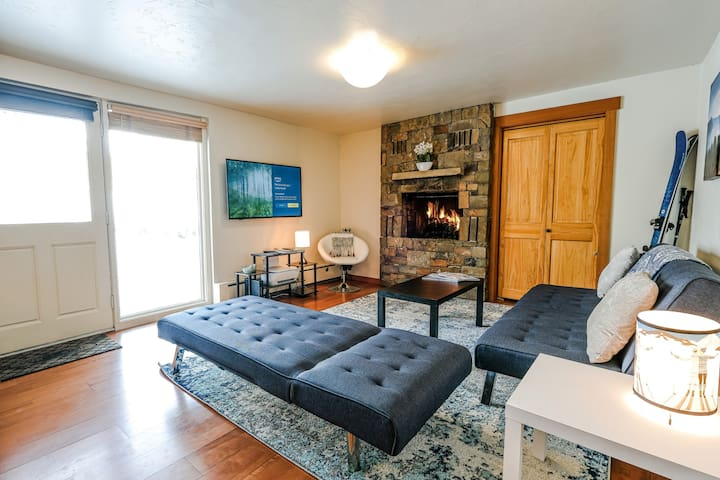 Large Private Bedroom in Town