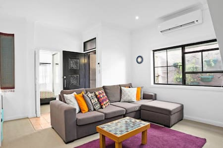 Best location 4 love of Newtown and Marrickville - Enmore - Maison