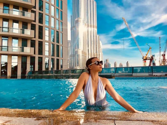 2 Bedroom Luxury direct access to Dubai Mall