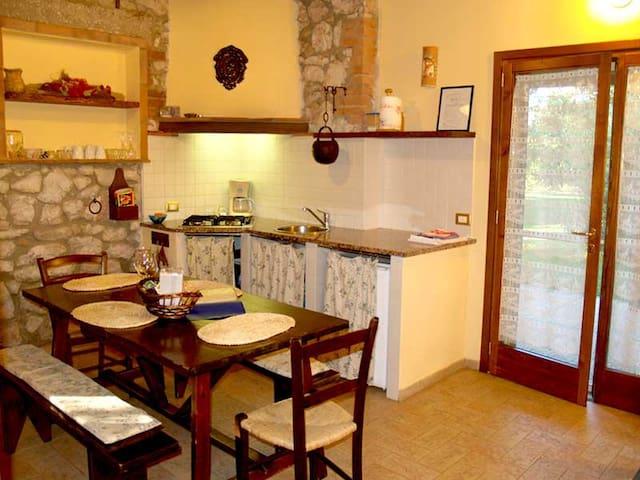 Nice apartment for family or friends - Castiglione della Pescaia - Casa
