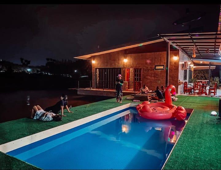 Garden home pool villa phranburi by Baan Kobnoi