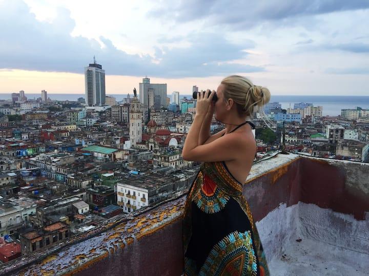 Lindiana en Lugar inedito en la Habana