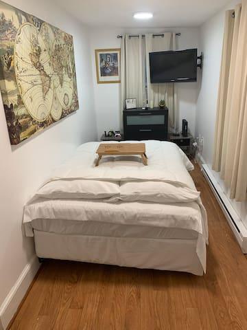 Cozy Room 4