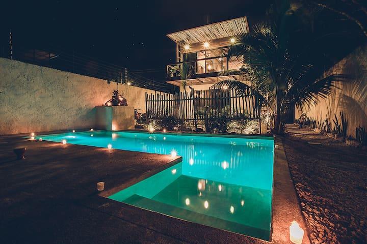 Casa del Árbol- pool grill chef incl &Spa 5BR14PPL