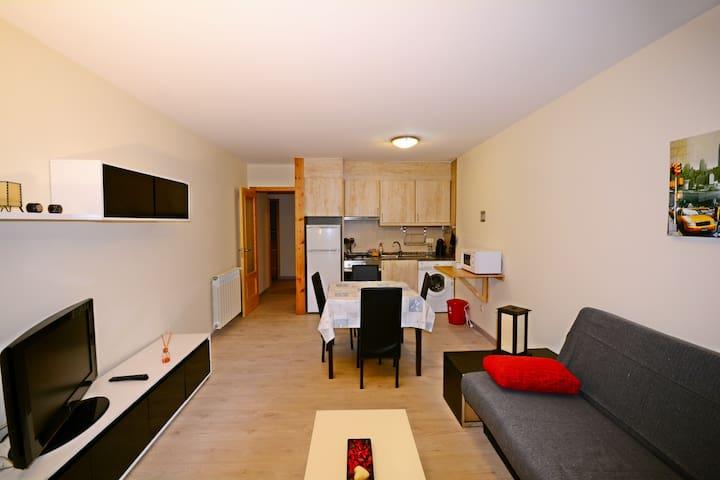 Precioso Apartamento de esquí en El Tarter - El Tarter - Appartement