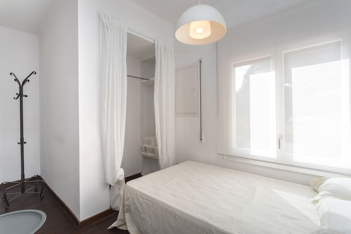 Bedroom next to the lounge, 120cm bed, sleeps 2 cozily, fan and radiator