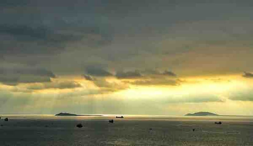 【Han舍】静三亚湾附近 免费接机 距离西岛三分钟·天涯海角五分钟·南山寺·近机场·乡村别墅单房