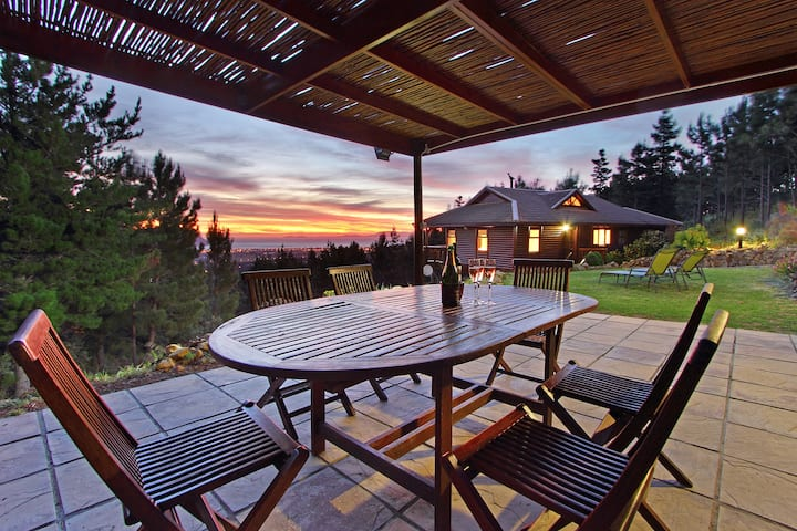 Ezantsi Lodge - Hide away in the forest