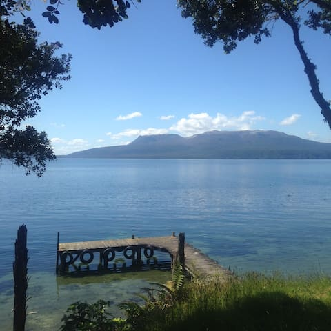 Lakeside Loft - Lake Tarawera - Lake Tarawera - Ev