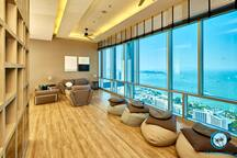 Centric Sea,28th floor sea views...