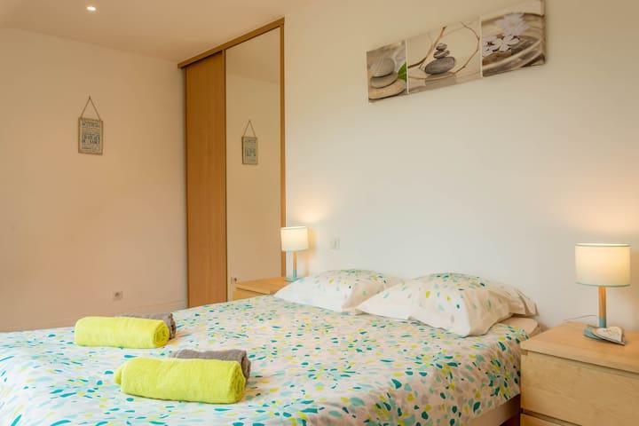Chambre 3 : lit 140 x 200