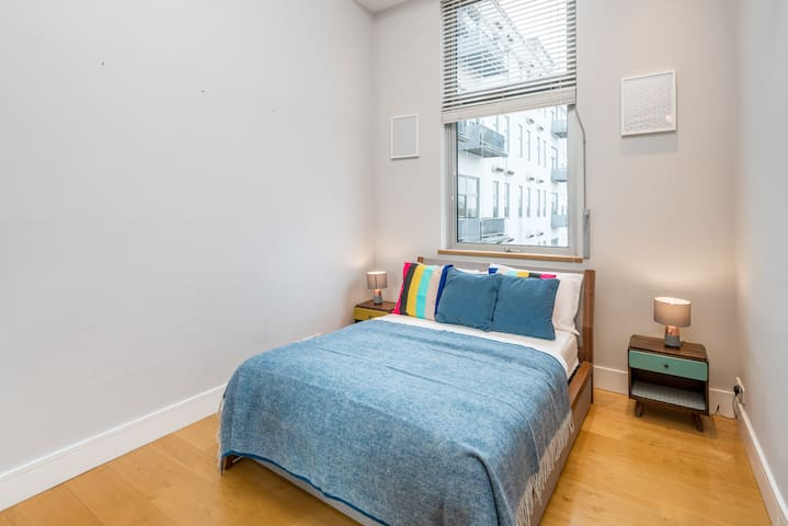 Luxurious 3bed flat in Fulham, London
