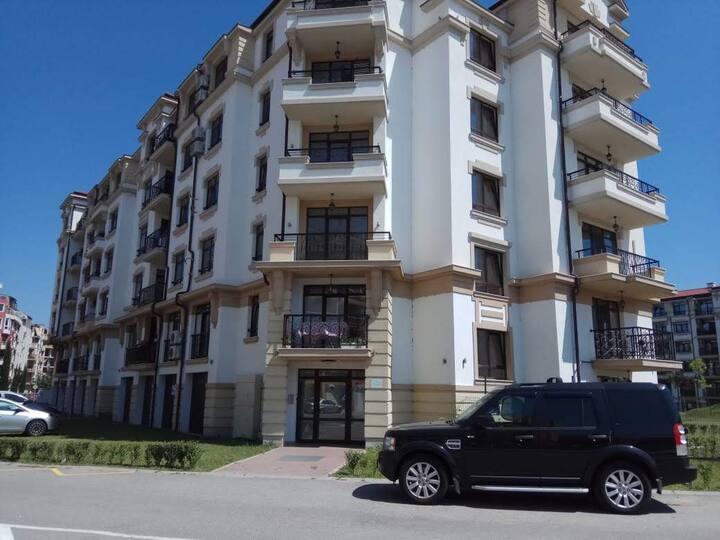 Комфортная квартира с одной спальней и с балконом