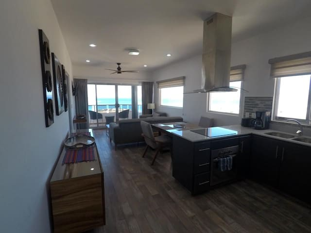 10th floor penthouse at Torres Cantera