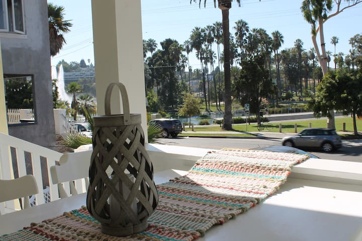 Beautiful 4 bed home on Echo Pk Lake - Los Angeles - House