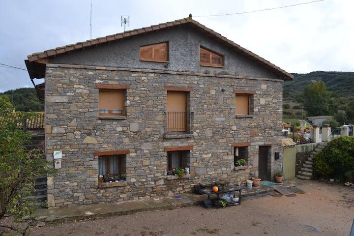 Apartamento Rural en el Parque Natural de Guara