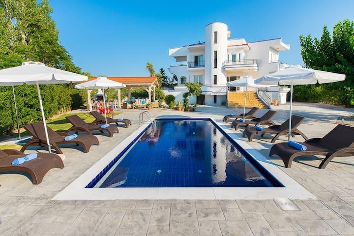 Private pool villa close to sandy beach Faliraki