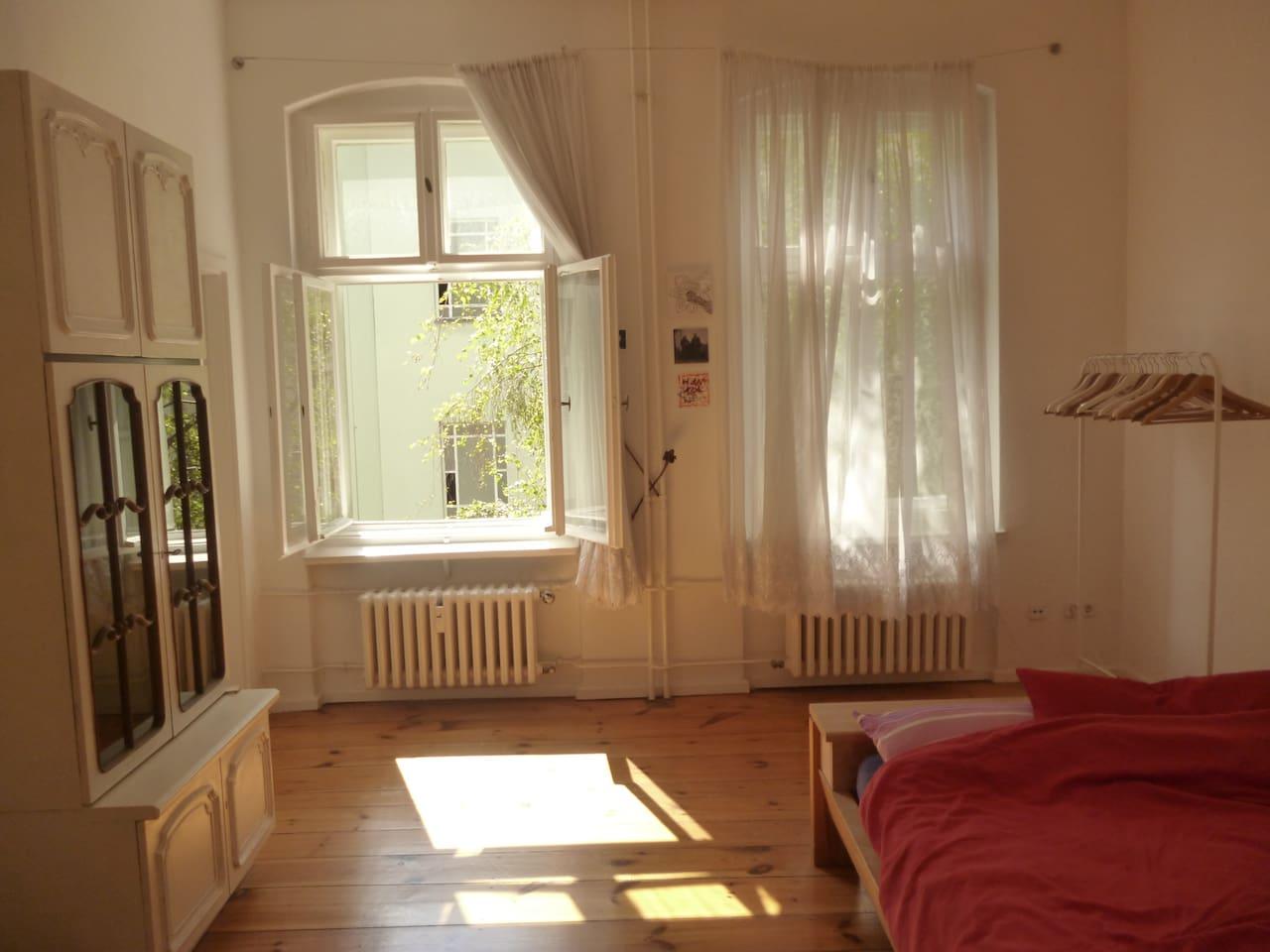 cosy flat in Neukölln , central, quiet and full of light