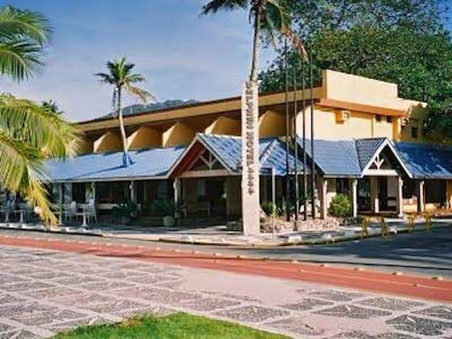 Quarto de Hotel para curtir a praia da Enseada!