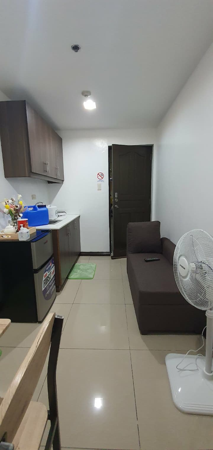 Clean.Disinfected .Unli Wifi 2BR. 31sq mtr.