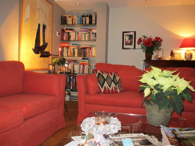 Lovely House With Sunny Garden & Free Parking - Voorburg - Ev
