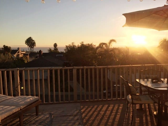 Ocean View Home, Private Entrance, Walk to Beach