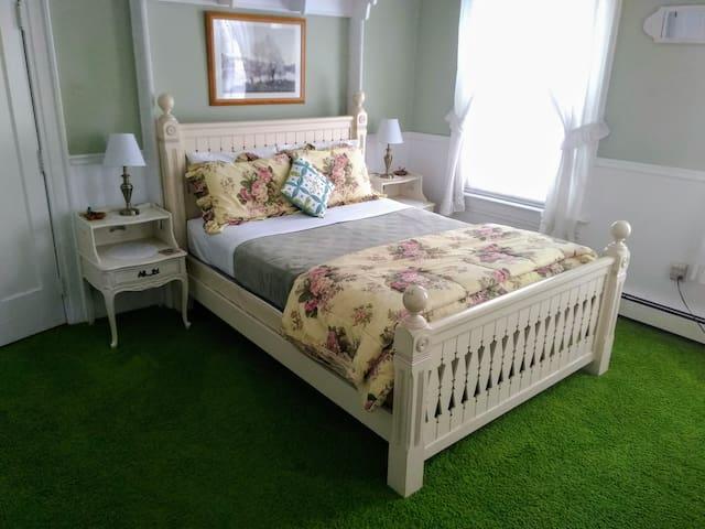 Splendor Inn Bed & Breakfast - Dogwood Room