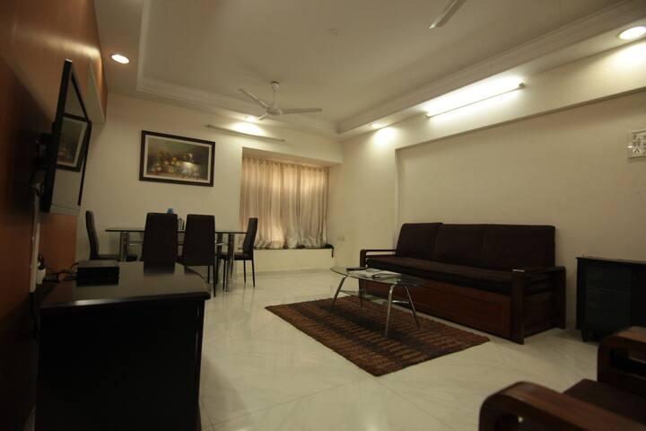 Spacious & Luxurious 3 bedroom in Powai