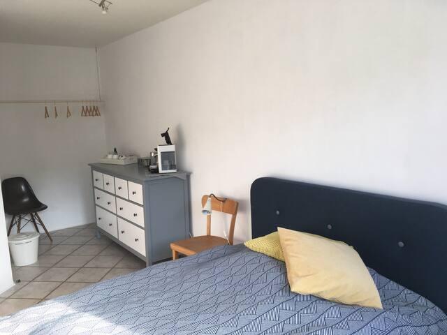 Sonniges Zimmer ideal für Kölner Messegäste
