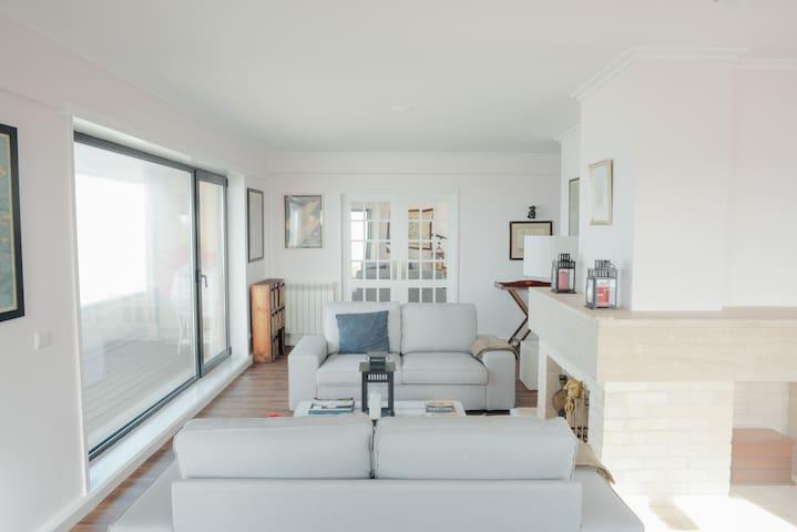 Large flat (Sea view + Car Parking) - Matosinhos - Lägenhet