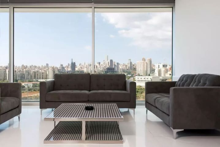 ★ Luxury Apartment at The Cube (Mountain Views)