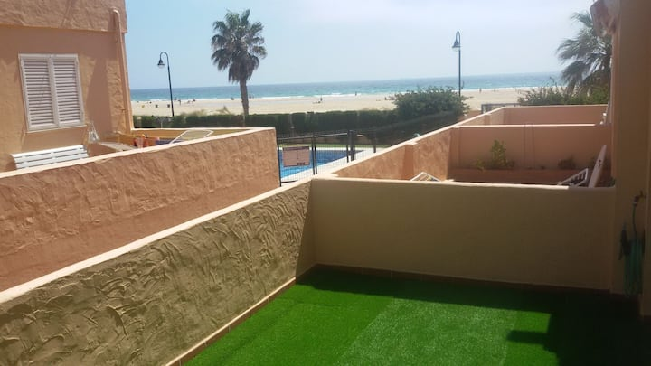 Apartamento en primera línea de playa Los Lances