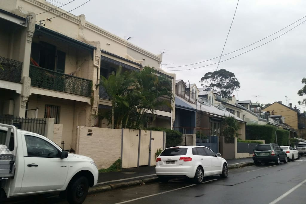 Direct harbour city view terrace houses for rent in for 24543 vantage point terrace