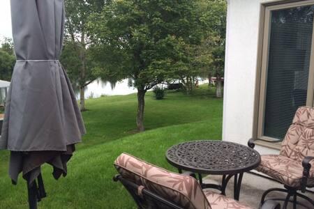 maison bord de l'eau - Saguenay - Casa