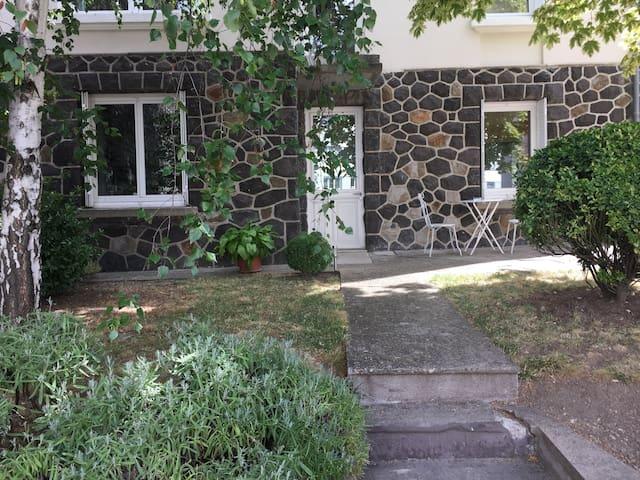 Appartement indépendant : Chambre + salon + SdB - Clermont-Ferrand - Appartement