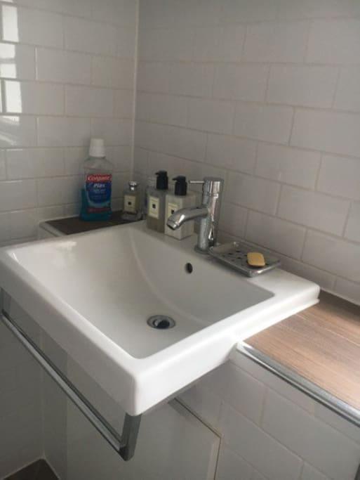 Private bathroom/wetroom
