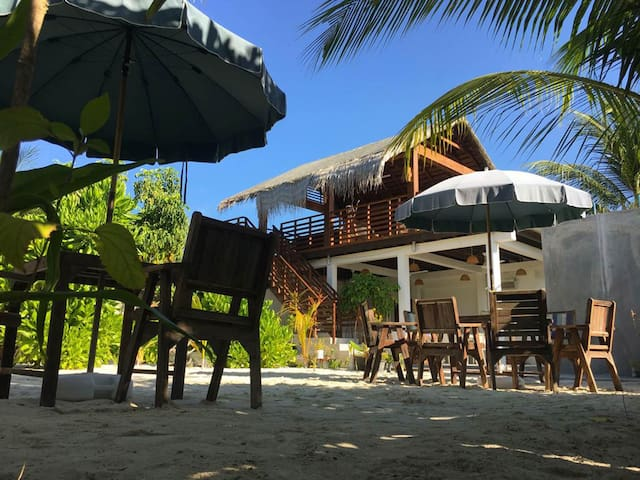 An amazing room with facilities in the paradise location of Maldives
