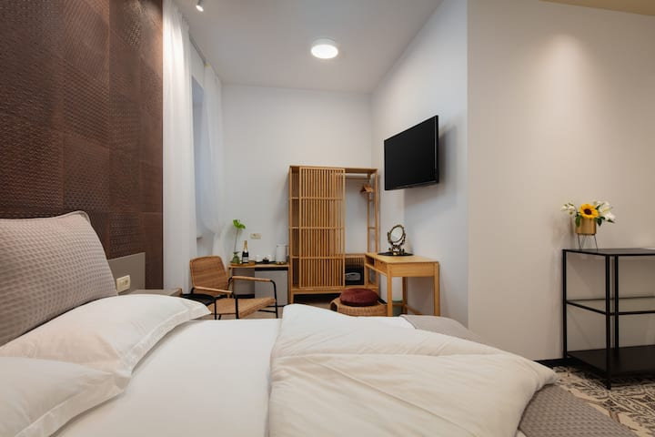 Luxury room near St. Domnius Chatedral