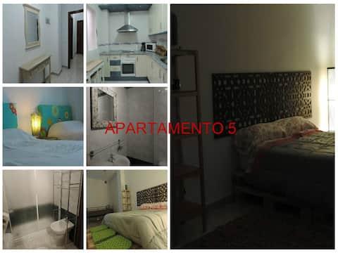 Apartamento 2 habitaciones patio