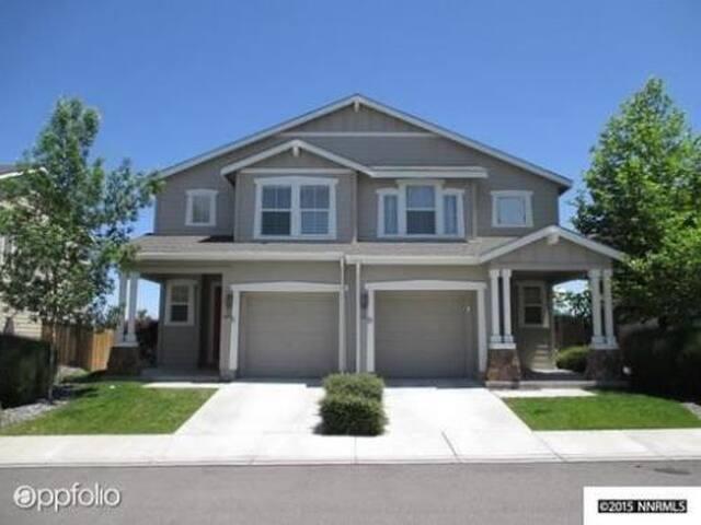Relaxing house in nice neighborhood - Reno - Dům