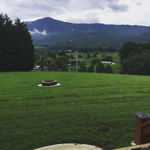Smoky Mountain Primitive Camping - BEAUTIFUL View!