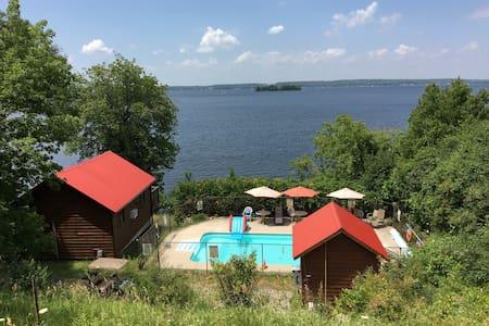 Sandy Shore Cottages, Rice Lake  - Harwood