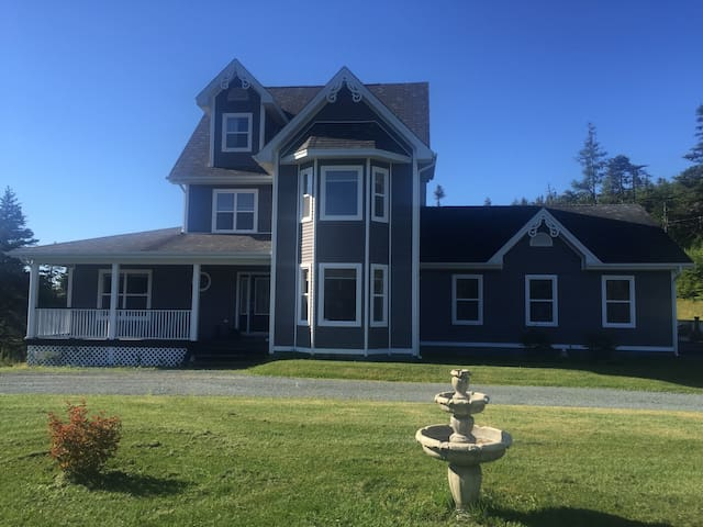 St. John's NL. Country Home 5000 Sq ft. Petty Hr