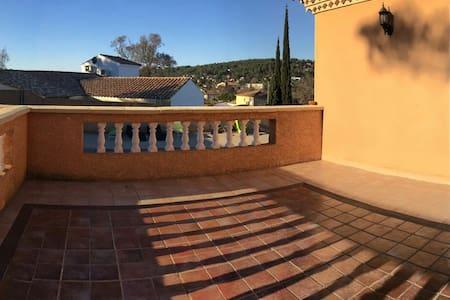 Superbe studio de 25m2 neuf et sa terrasse de 25m2 - Grabels