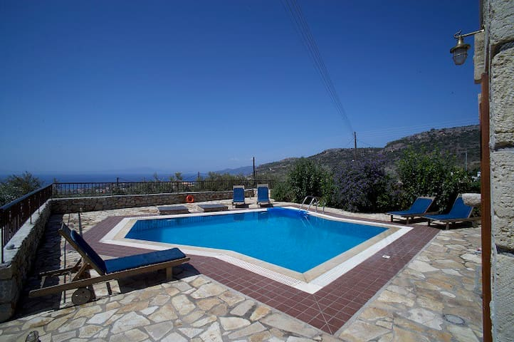 Olympia villas, Villa Nikolaos (private pool)